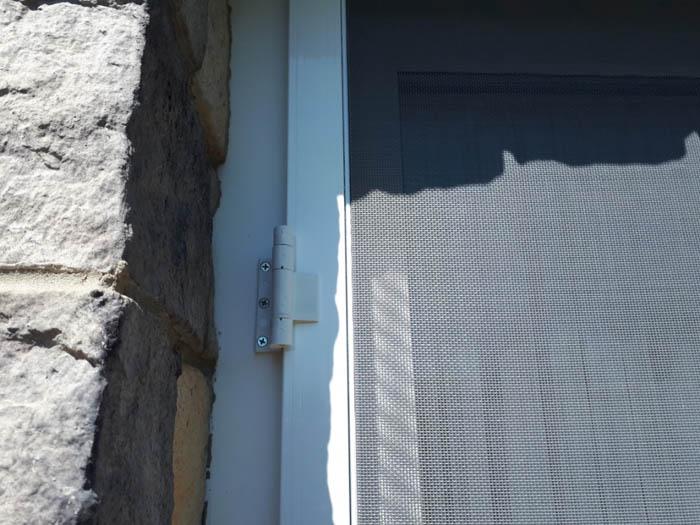http://decorgal.ru/img/foto/moskitnaya-dver-1/moskitnaya-dver_05.jpg