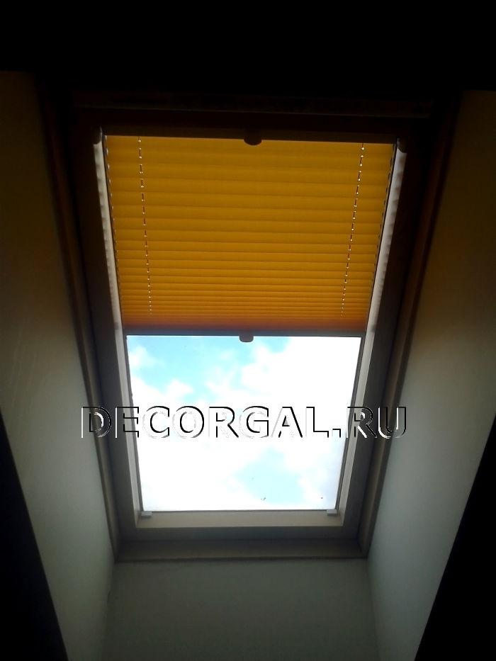 http://decorgal.ru/img/foto/plisse_2/zhalyuzi-na-mansardnoe-okno-4.jpg