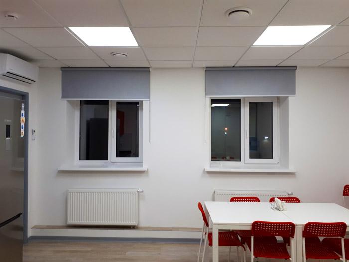 http://decorgal.ru/img/foto/serye-rulonnye-shtory-standart-1/serye-rulonnye-shtory-standart-1.jpg